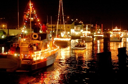 Lighted+Boat+Parade+Picture